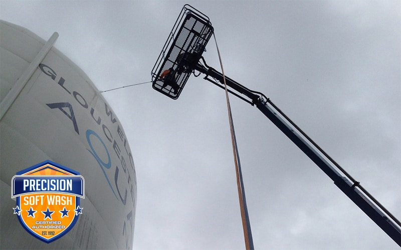 Water Tank Cleaning : Precision power wash professional residential